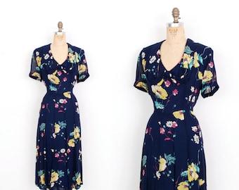 Vintage 1940s Dress / 40s Silk Chiffon Floral Print Dress / Navy Blue (large L)