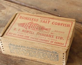Vintage Wooden Advertising Box Newell Codfish One Pound Wood Jointed Box Rustic Nautical Coastal Decorating