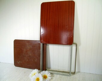 Shabby Chic Vintage Durham Handy Table As Is Condition Ready for Reconditioning Only 1 Available - Space Saving Folding Metal TV Tray Table
