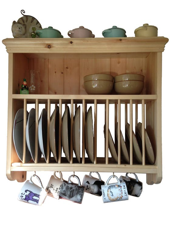 wall mounted traditional solid pine plate rack. Black Bedroom Furniture Sets. Home Design Ideas