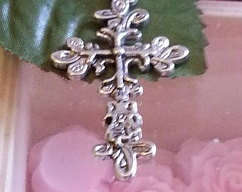 Cross pendant with Tibetan style, lead, cadmium and nickel free, antique silver, 47.5 mm long, 25 mm wide.