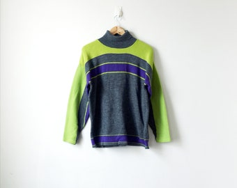 90s Turtleneck Colorblock Sweater - Green & Purple 90s Sweater Vintage Sweater 90s Clothing - Faux 70s Sweater - Men's M
