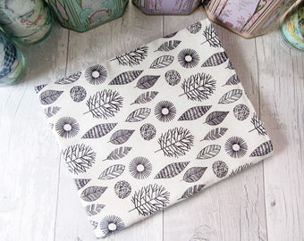 Book Sleeve - Book Cover - Book Protector - Bookworm Gift - Reusable Book Cover - Paperback Cover - Fabric Book Cover - Leaves Book Sleeve