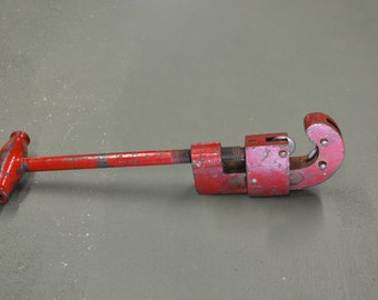 Pipe Cutter, Tube Cutting Tool, Plumber tool, #240