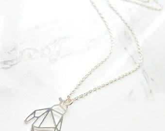 Géométrique pingouin collier Origami pingouin, pingouin argent colliers, bijoux en Origami, bijoux animaux, collier de l'amitié