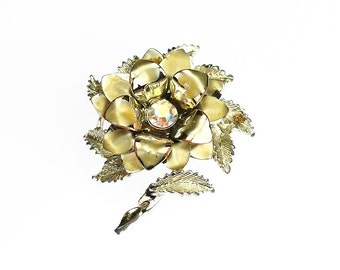 Pretty Layered Gold Tone Flower Brooch Iridescent Center Vintage Pin