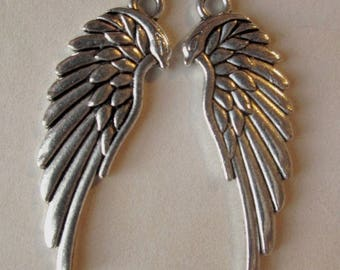 2 charms / pendants 33mm silver wings