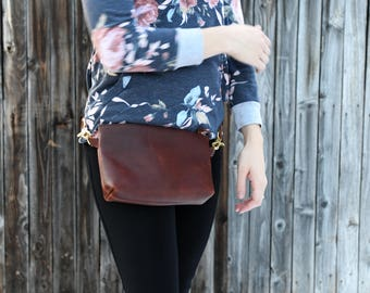 The Columbia - Leather Hip Bag, Fanny Pack with Zipper Closure