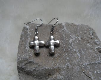 hammered cross dangle earrings