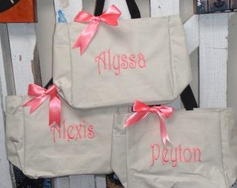 Set of 4, Bridal Party Totes, Bridesmaid Gift, Monogrammed Tote, Bridesmaid Tote Bag, Bridal tote Bag, Personalized Tote Bag