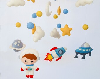 Baby mobile Space Nursery mobile Planets Spaceship Stars Clouds mobile Astronaut Cot Crib mobile Hanging mobile Baby shower