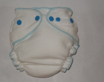 Bamboo Fitted diaper with blue snaps