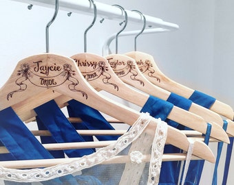 Wedding Hanger, Personalized, Bride Hanger, Wedding hanger engraved, Wedding Dress Hanger, Bridal Hangers, Personalized Wedding Hangers