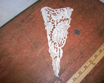 Vintage cotton 1920s antique lace applique
