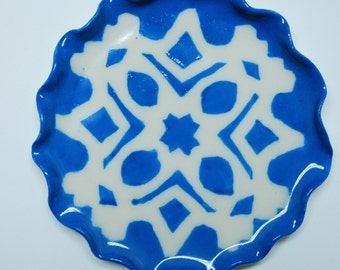 "Ring Dish, 5"" Plate, Jewellry Holder, Sky Blue Snowflake Design, Dessert Plate, Home Decor, Decorate Plate, Handmade Pottery, Butter Dish"