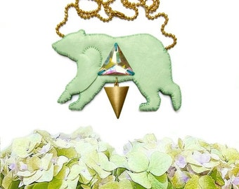 Geometric Bear Necklace, Bear Necklace, Animal Jewelry, Bear Jewelry, vegan jewelry, vegan necklace - MINT GREEN