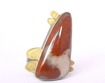 Petal Agate Statement Ring Silver 18 Karat Gold Red White Agate Triangle Cab Freeform Artisan Made Unique Authentic