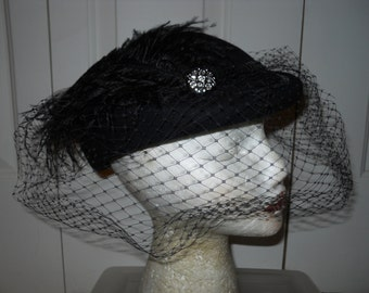Vintage wool feather veil hat