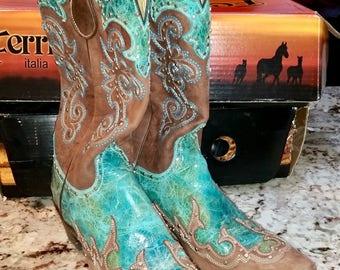 "Ferrini Country western ladies boots, 2"" heel, 12"" shaft, worn once"