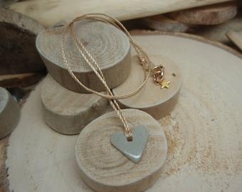 """Le collier """"Coeur Céramique"""" grège"""
