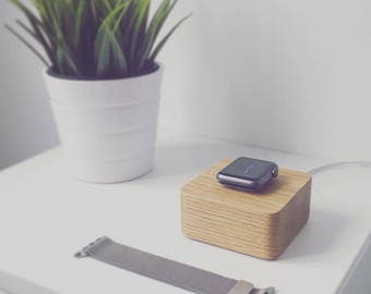 Apple Watch Charging Stand – Oak Apple Watch Accessories – Great Tech Gift for Him