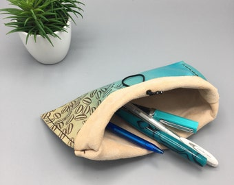 Stamped Beans (turquoise) - Traveler's Pen Pouch - Leather
