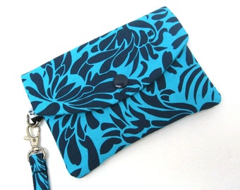 iPhone Wallet Phone Wristlet - Daisy Bouquet in Indigo Blue