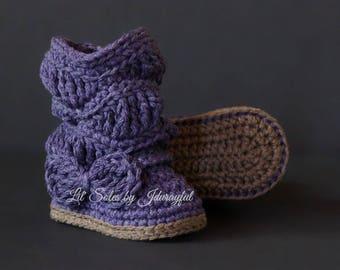 Crochet Baby Boots, Crochet Baby Shoes, Purple Baby shoes, Baby Girl Boots, Slouchy Baby Boots, Baby Gift, Baby Girl Gift, Baby Girl Shoes