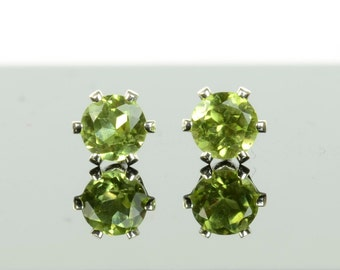 Peridot earrings, one pair sterling silver and peridot studs, August birthstone, 3mm or 4mm, green gemstone earrings, birthday gift for her