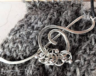 Cable needle = Markers & Stitch Holder Necklace - With/without Markers - Knitting Jewelry -German silver treble clef - Knitters necklace