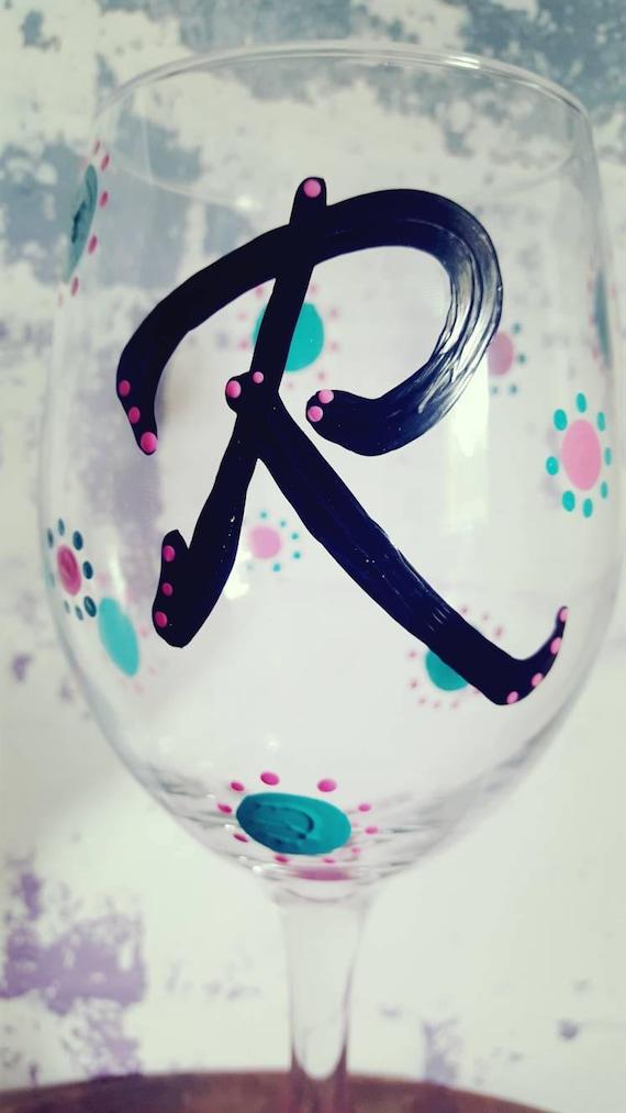 R Wineglass, Wine Lover Wineglass, Monogram wineglass, initial wineglass