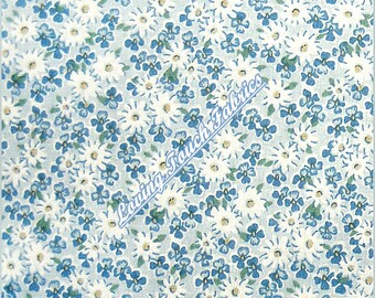"""Small Print Little White Daisies Floral Cotton Fabric 1/2 yard 18"""" x 44"""""""