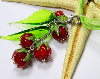SMAUGGS handmade pendant (55mm), glass, red, green, with clasp,