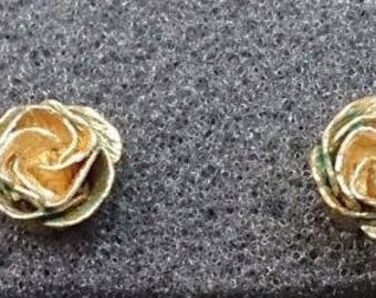 a315 BeautifVintage Gold Filled Elegant Earrings with Carved Flower Design