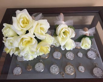 Roses Wedding bouquets and boutonnière set bride maid of honor bridesmaid groom burlap wrap pale yellow