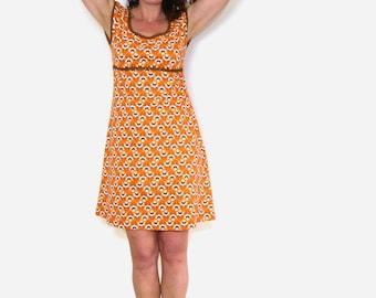 Dress in a-shape, puff-arm-brown, Orange Organic