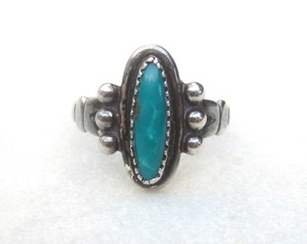 Vintage small turquoise sterling silver ring, Bell Trading Post collectible turquoise ring, Southwestern boho stone stackinh ring, US Sz 5