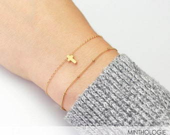 Tiny Cross Bracelet B19 • Gold Cross Bracelet, Layering Bracelet, Christian Jewelry, Cross Bracelet, Dainty Jewelry, Tiny Cross Bracelet