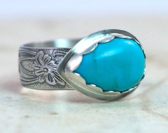 Turquoise Ring Sterling Silver Floral Band, Size 9 US, Teardrop Shape Turquoise, Silver Cocktail Ring, Blue Turquoise Statement Ring