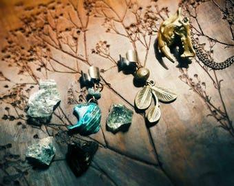 Brass-Coloured Ear Cuff with Boho Pendants