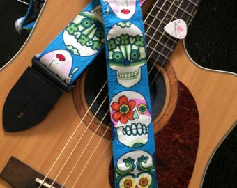 Calavera guitar strap // colourful sugar skulls // day of the dead // dia de los muertos // Frida Kahlo // perfect musician gift for women