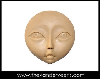 Mold No.118 ( Face - Flatter with opened Big eyes) by Veronica