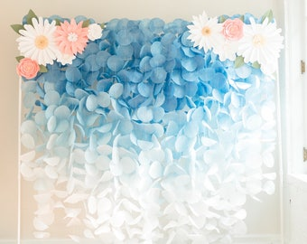 Paper Circle Garland Backdrop: Blue Ombre