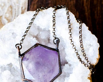 Fernweh Amethyst Hexagon Necklace