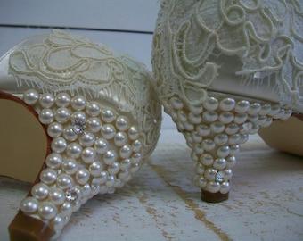 Wedding Shoe - Lace Wedding Shoe - Short Heel Wedding Shoe - Vintage Lace Wedding Shoe - Lace Bridal Shoe - Pearl Heel Wedding Shoe - Lace