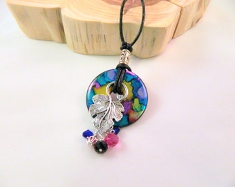 Colorful Washer Pendant and Leaf Necklace, Resin Washer Pendant Necklace, Multi Colored Washer Pendant with Black Cord