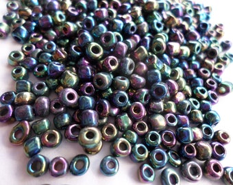 Darice Black AB 8/0 Seed Beads - 32g 32 grams Blue Purple AB Seed Beads - Destash Bead Supplies