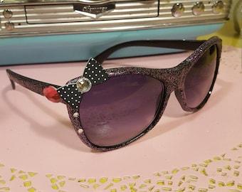 Black and pink glitter sunglasses