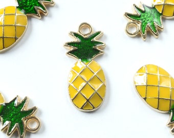 Pineapple Charm, Enamel Pineapple - 5 pieces (167G)