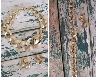 1960's Gold Plated Sir Links-a-Lot// Large Link Necklace and Earring Set// Clip On